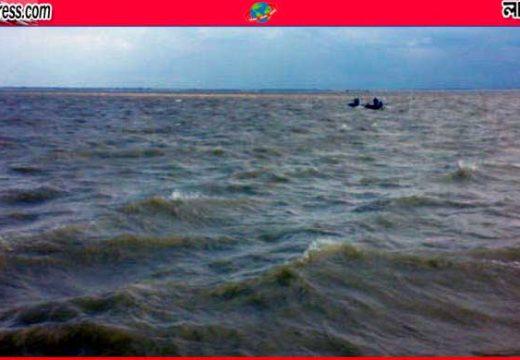 সুনামগঞ্জে যাত্রীবাহী ট্রলার ডুবি